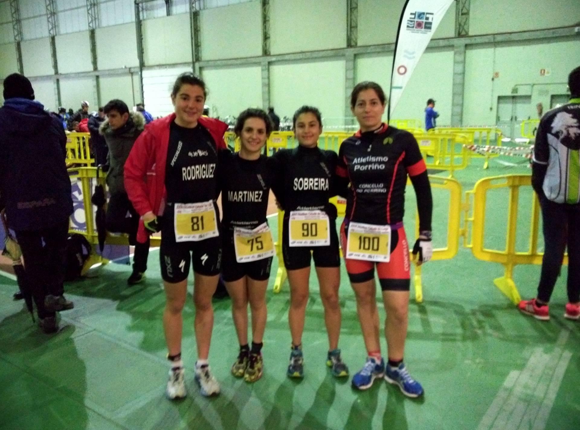 Foto para el recuerdo, primera vez que el club esta representado en categoría femenina en la final del gallego